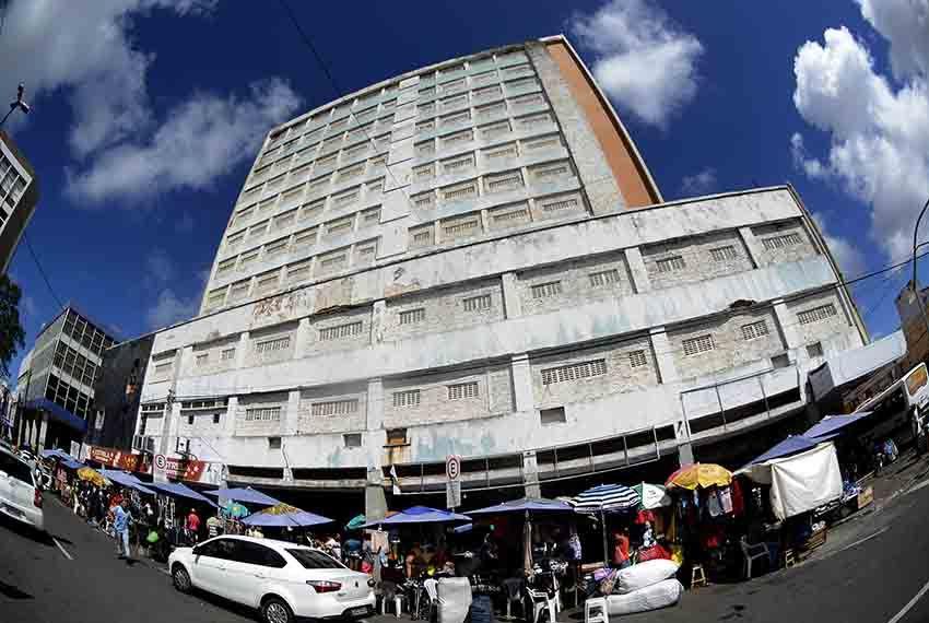 Defesa Civil volta a vistoriar o prédio do antigo Hotel Palace